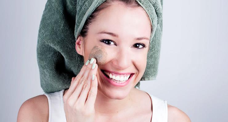 Dear LovelySkin: What's the best kind of exfoliator for my skin?