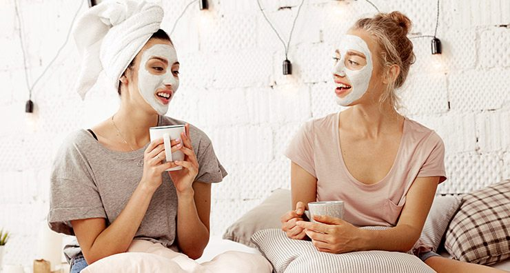 5 Easy Ways to Pamper Yourself While You Watch TV