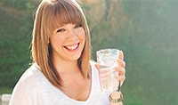 How Drinking Water Helps Your Skin