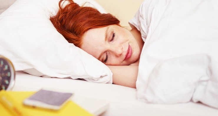 4 Skin Care Mistakes You're Making - When You Sleep!